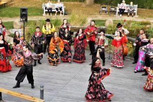 Roon: Feurige Tänze im Boddenhus