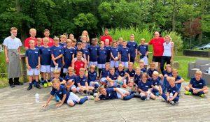 Read more about the article Das Boddenhus versorgt die Fußballkids & Trainer von Blau Weiß Greifswald & RB Leipzig