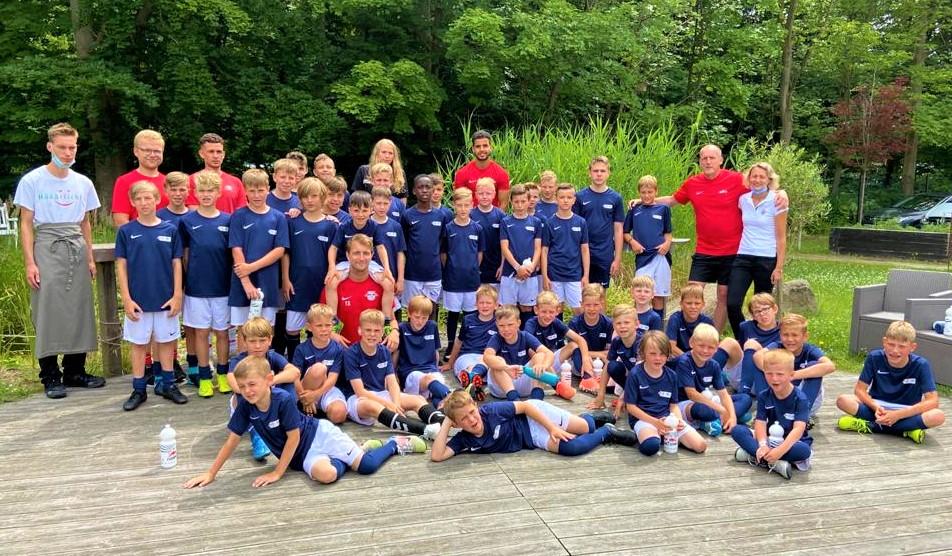 Das Boddenhus versorgt die Fußballkids & Trainer von Blau Weiß Greifswald & RB Leipzig